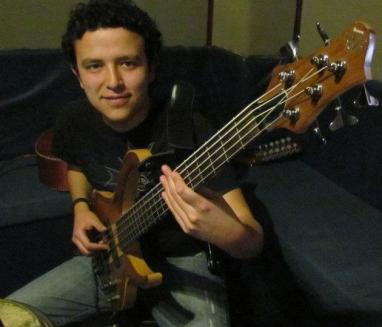Javi Bass